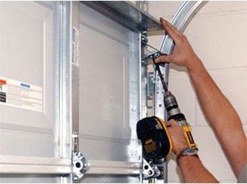 Tips On Diy Garage Door Repair Vision Garage Doors